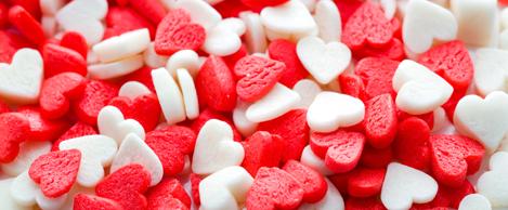 красные и белые сердечки